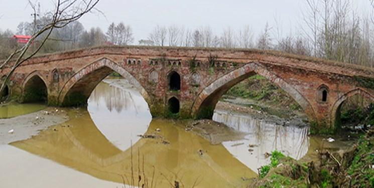 مرمت ۶۵ بنای تاریخی در استان گیلان