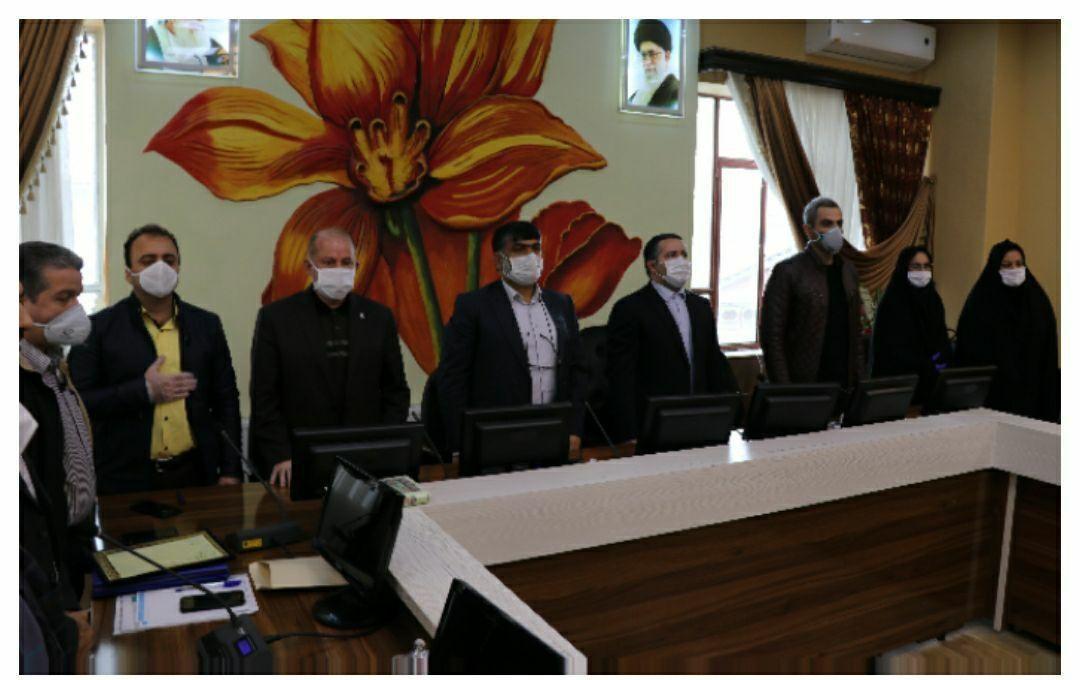 کارگران نمونه شهرداری لنگرود تقدیر شدند