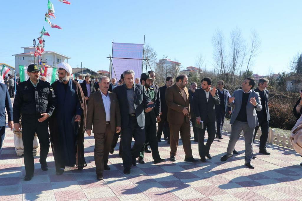 بهرهبرداری از ۱۰ پروژه شهرداری رضوانشهر در سومین روز از دهه فجر ۹۸