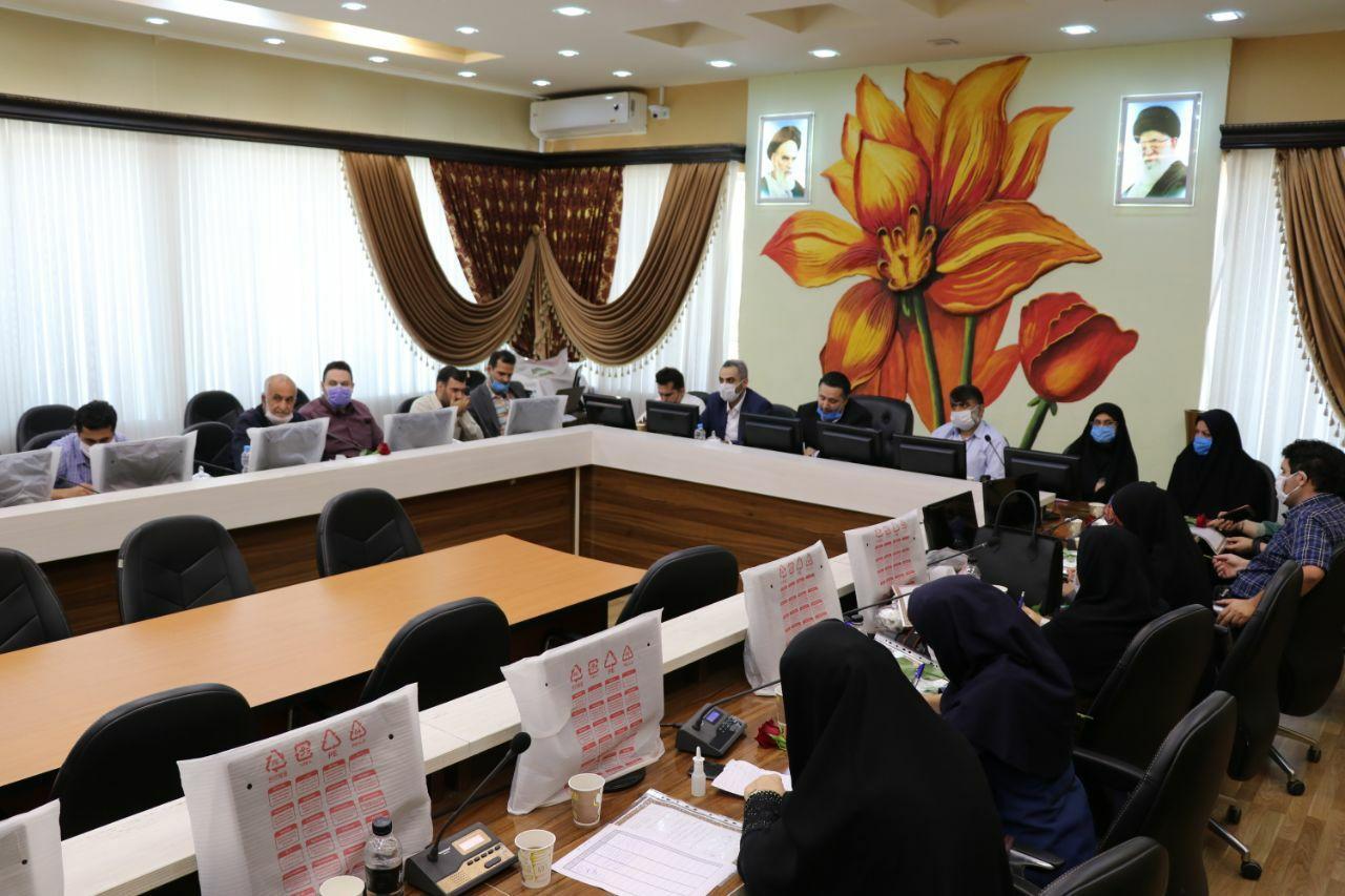 خبرنگاران فعال گیلان، توسط شهرداری و اعضای شورای اسلامی شهر لنگرود تجلیل شدند