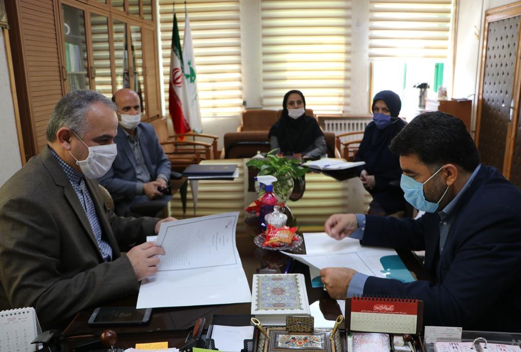 امضای تفاهمنامه همکاریهای مشترک کانون و پست گیلان