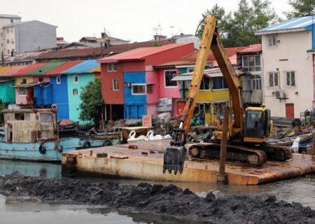 لایروبی رودخانه شنبهبازار روگا بندرانزلی/انباشت ۶۰ هزار مترمکعب گلولای در رودخانه