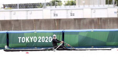 المپیک ۲۰۲۰ توکیو| هدیه توماس باخ به بانوی قایقران ایران + تصاویر